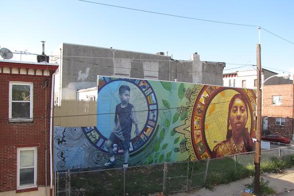 The Aqui y Alla mural